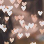 sydämiä leijailemassa